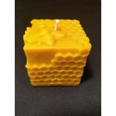 Świeca z wosku lana kwadratowa (plaster miodu z pszczołą) 1 szt.